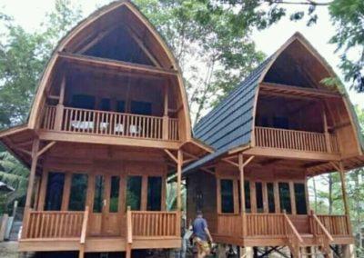 rumah kayu penginapan foto6